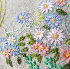 #프랑스자수 #밀플라워 #자수타그램 #프랑스자수 #청주프랑스자수 #embroidery #handembroidery #프랑스자수클래스 #프랑스자수배우기