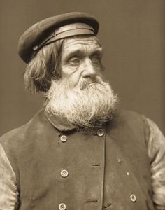 Frank Meadow Sutcliffe, Whitby, Fishermen Ref. Available to v… – Photography, Landscape photography, Photography tips Vintage Pictures, Old Pictures, Old Photos, Peter And The Starcatcher, Old Fisherman, People Of The World, Vintage Photographs, Historical Photos, Vintage Men