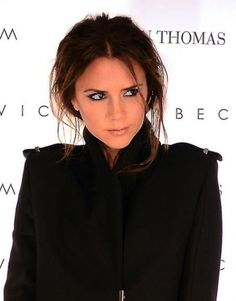 Victoria Beckhams loose and messy chignon
