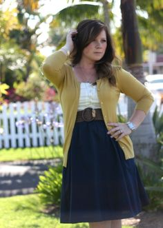 navy/white/mustard - so classic looking