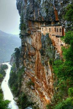 Monastery of Kipina - Kalarytes, Ioannina. every time i see that monastery i cant stop keep wondering how they built it in Places To Travel, Places To See, Travel Destinations, Magic Places, Crete Greece, Mykonos Greece, Athens Greece, Greece Travel, Greek Islands