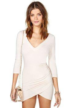 Elastic Bodycon Beige V Neck Tulip Dress Wrap Dress Short, Dresses Short, Women's Dresses, Beauty And Fashion, Womens Fashion, Latest Fashion, Fashion Trends, Pretty Dresses, Beautiful Dresses