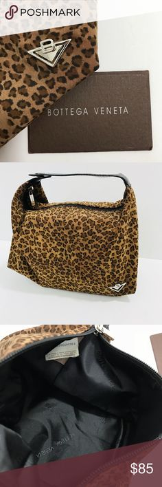 Pre-Owned Bottega Veneta ❤️Leopard Print Mini Hobo This mini hobo features a flat strap, a leopard print nylon body, and a top zip closure. Our actual product photos are unique for each item. Brown/black - Canvas/leather Brand:💯original Bottega Veneta Accessory category:Mini Handbag Colour:Black, Brown Material:Leather, Synthetics Made in:Italy Condition:Very good condition - slightly used with small signs of wear...Looks brand new! Dimensions:  height 17 cm, width 23 cm, depth 11 cm…