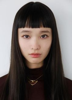 Japanese model Yuka Mannami, known for her long, waist-length hair and cute face Hairstyles With Bangs, Trendy Hairstyles, Straight Hairstyles, Fashion Hairstyles, Beauty Makeup, Hair Makeup, Hair Beauty, Makeup Art, Pretty People