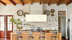 Coastal Inspired Home Renovation Ideas for Summer #nautical #beachlife #beachhouse #coastaldesign #interiordesignideas #summerdecor