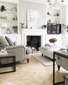 cottage living rooms new living room victorian living room living room decor Colourful Living Room, New Living Room, Living Room Sets, Living Room Interior, Living Room Designs, Alcove Ideas Living Room, Cottage Living, Coastal Living, Living Room Decor Uk