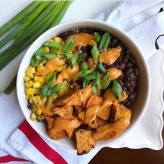Afbeeldingsresultaat voor Brown rice, Black beans, Roasted Sweet Potatoes, Roasted Corn and more of my Spicy Salsa Ranchera Cream