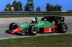 Riccardo Patrese su Alfa Romeo 184T 1984 Car 15, Gilles Villeneuve, Formula 1 Car, Alfa Romeo Cars, Indy Cars, Car And Driver, Grand Prix, Race Cars, Benetton