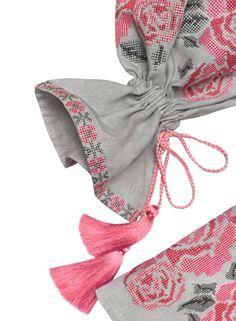 Kurti Sleeves Design, Sleeves Designs For Dresses, Sleeve Designs, Beautiful Dress Designs, Stylish Dress Designs, Pakistani Dresses Casual, Pakistani Dress Design, Kids Blouse Designs, Classy Suits
