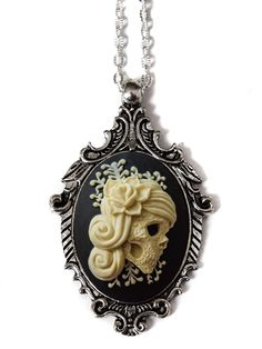 """Victorian Lady"" Cameo Necklace by Couture By Lolita (Black)"
