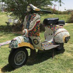 Vespa, CARTIST - Automobile Art Exposition, Jaipur (© Claus Mueller)