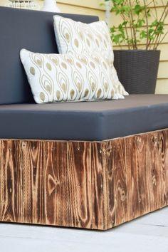 Flambierte DIY Sitzmöbel Aus Paletten! Der Einfache Und Günstige Weg Zur  Schicken Lounge Im Garten