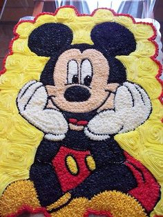 Pastel de cupcakes micke mouse Kids Birthday Cupcakes, Mickey Mouse Birthday Decorations, Mickey Mouse Theme Party, Fiesta Mickey Mouse, Mickey Mouse First Birthday, Mickey Mouse Cupcakes, Mickey Mouse Christmas, Mickey Y Minnie, Miki Mouse