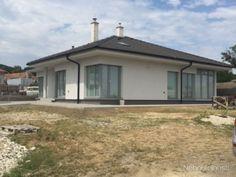Novostavba krásneho tehlového bungalovu v Častej - obrázok