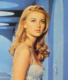 Vintage Hairstyles, Cute Hairstyles, Hair Inspo, Hair Inspiration, Barbara Carrera, Barbara Bouchet, Aesthetic Hair, 1960s Aesthetic, Aesthetic Pastel