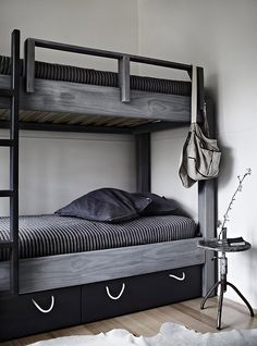 gray bunk bed (via Est Magazine)