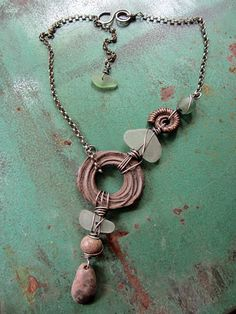 by Staci L. Smith    What is cohesive?     How does that apply to jewelry?     First lets talk about finding your voice.      We all start ...