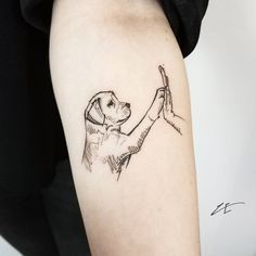 Golden or labrador? Mini Tattoos, Dog Tattoos, Animal Tattoos, Body Art Tattoos, Black Cat Tattoos, Piercing Tattoo, Piercings, Small Tattoos With Meaning, Tattoos For Women Small