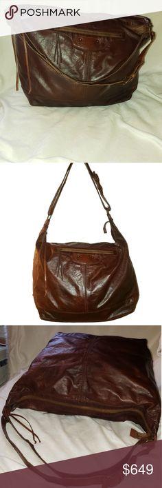 e924a07298e212 Balenciaga Giant Brown Tan Courier Lambskin Hobo This is an amazing bag.  Perfect as a. Balenciaga BagShoulder Strap