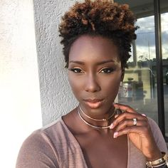 inspirational short natural hair dyed tips Tapered Natural Hair, Dyed Natural Hair, Dyed Hair, Natural Glow, Short Punk Hair, Chic Short Hair, Dyed Tips, Hair Dye Tips, Curly Hair Styles