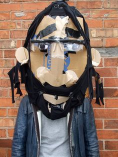máscara de cartón