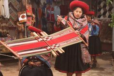 Cusco / Cuzco - Peru // Indians, weaving, traditional, Inca, Andes, textile, handwoven, natural dye, colors by Nuria Dongo