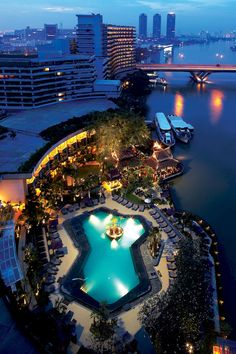 Shangri-La Hotel, Bangkok - Hotels.com - Deals & Discounts for Hotel Reservations from Luxury Hotels to Budget Accommodations