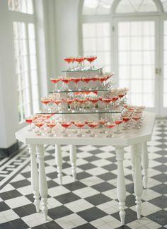 Charleston Wedding by Tara Guerard and Liz Banfield, Southern Weddings Magazine