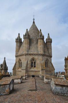 Catedral de Évora (1186-1250). Portugal