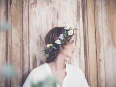 A natural composition flower crown