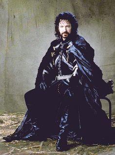 Costumes: Menswear – Alan Rickman as the Sheriff