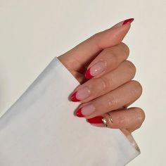 The new popular trendy nails ideas – Nails The new popular … Die neuen beliebten trendigen Nagelideen. Nagellack Design, Neutral Nails, Fire Nails, Minimalist Nails, Minimalist Fashion, Summer Minimalist, Best Acrylic Nails, Almond Acrylic Nails, Dream Nails