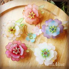 Nylon Flowers, Plastic Flowers, Fabric Flowers, Nail Polish Jewelry, Shrink Plastic Jewelry, Teacup Crafts, Shrink Art, Kawaii Gifts, Diy Jewelry Making