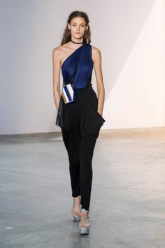 Vionnet Spring 2014 Ready-to-Wear Runway - Vionnet Ready-to-Wear Collection