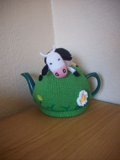 Knitted Tea Cosy Cozy Daisy the Cow in a Meadow Shabby Chic Knitted Tea Cosies, Cup Cozies, Tea Cozy, Farm Yard, Teapots, Kettle, Cosy, Knitting Patterns, Projects To Try