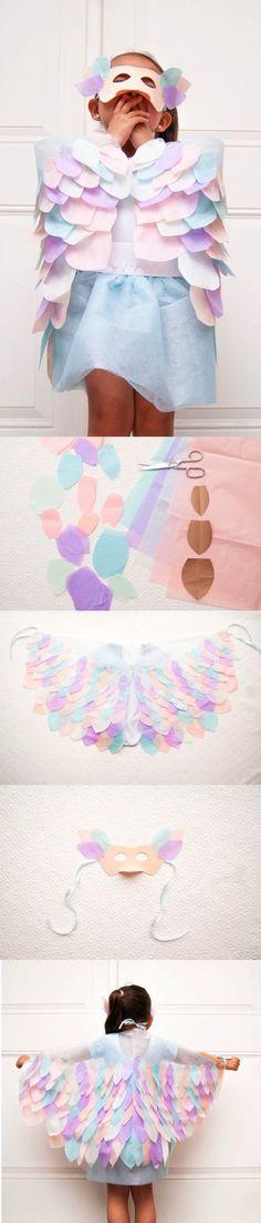 DIY Bird Costume | Clo by Clau! ~ How to make paper bird wings - Cómo hacer alas y antifaz de pájaro de papel #DIY #costume #Spring