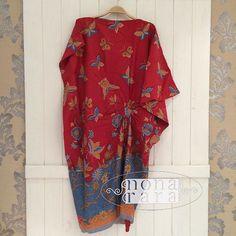 B250529 - IDR335.000 Bustline : Free Size Length: 110cm Fabric: Batik Dobi Solo