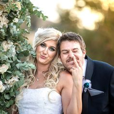 Best Wedding and Portrait Photographers Darrell Fraser South Africa South African Weddings, Photographer Wedding, Amazing People, Writing A Book, Portrait Photographers, Bride Groom, Love Story, Journey, Bridesmaid