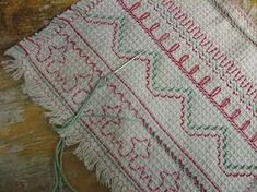 vohvelityö by 37 tuntia Swedish Embroidery, Beaded Embroidery, Mustang, Bargello Needlepoint, Monks Cloth, Swedish Weaving, Textile Fabrics, Crochet Designs, Needle And Thread