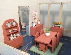 My Vintage Dollhouses
