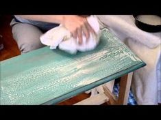 Applying a Chalk Paint Wash Over Wax - A Super Short Tutorial - The Painted Drawer Chalk Paint Techniques, Chalk Paint Projects, Chalk Paint Furniture, Furniture Projects, Furniture Makeover, Diy Furniture, Furniture Plans, Furniture Painting Techniques, Bohemian Furniture
