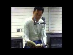 A Filipino man reciting qura'an from surat Yusuf (Josef) Amazing voice mashaAllah    عامل فلبيني قام بتضبيط صوتيات المسجد ... ثم حدثت المفاجاة!
