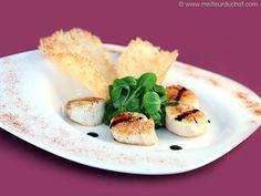 Salade noix de Saint-Jacques et tuiles au parmesan - Meilleur du Chef