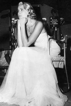 """Grace Kelly am Set von """"To Catch A Thief"""" 1955"""