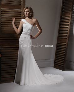 One shoulder Chiffon wedding dress. Without the silver belt at the waist