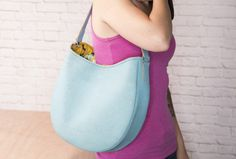 Video: Easy Leather Hobo Bag
