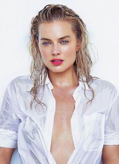 Margot Robbie!