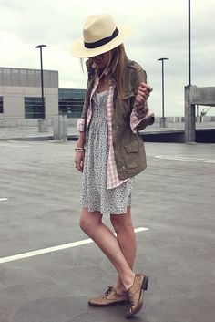 Layers. This reminds me so much of california. Something my sister would wear that I would like to emulate. :)