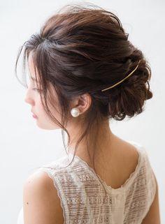 結婚式お呼ばれ髪型<2016年最新版>自分でできる髪型画像70選&マナー ... ねじりシニョン