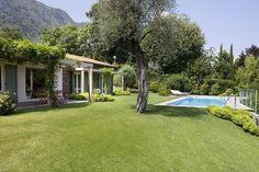 villa a Griante, realizzato da INES PORRINO.